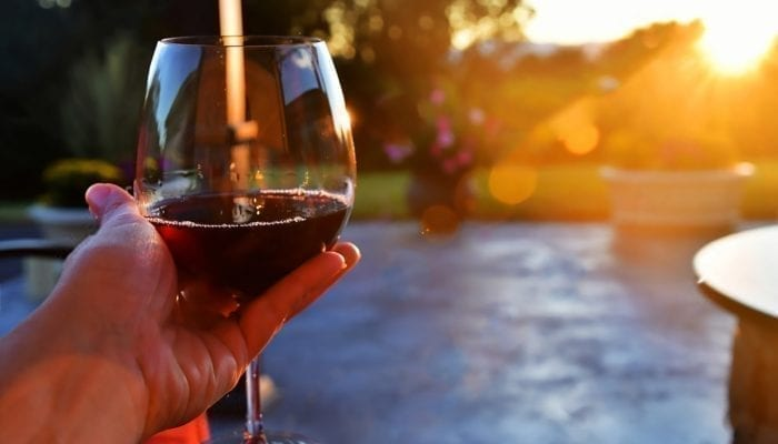 Small Amounts Of Alcohol Can Clean The Brain